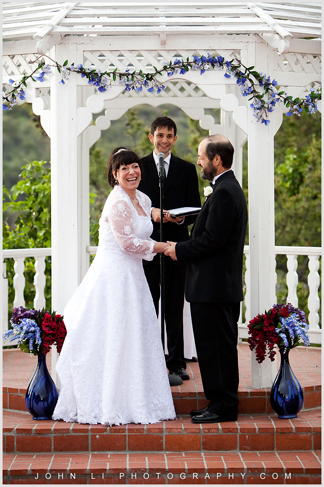 wedding ceremony in Castaway Burbank