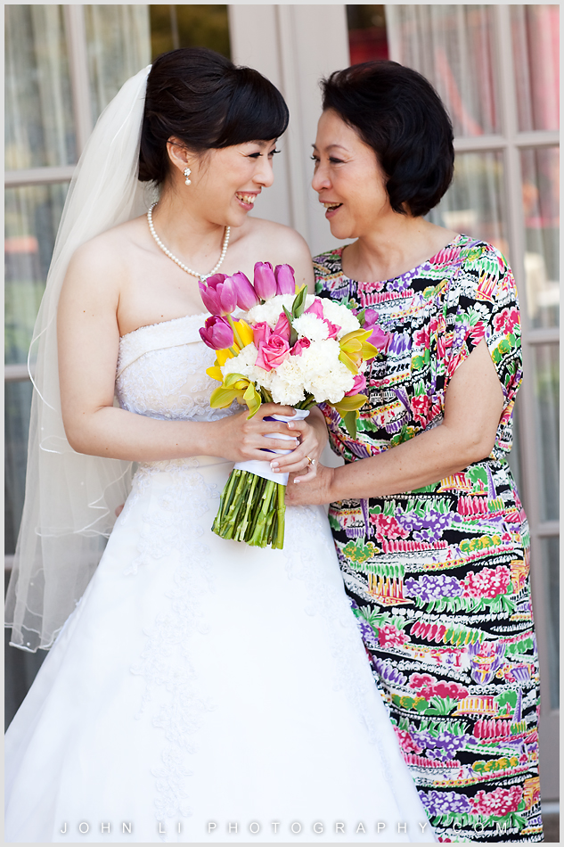 Ritz Carlton Hotel wedding Mom and daughter