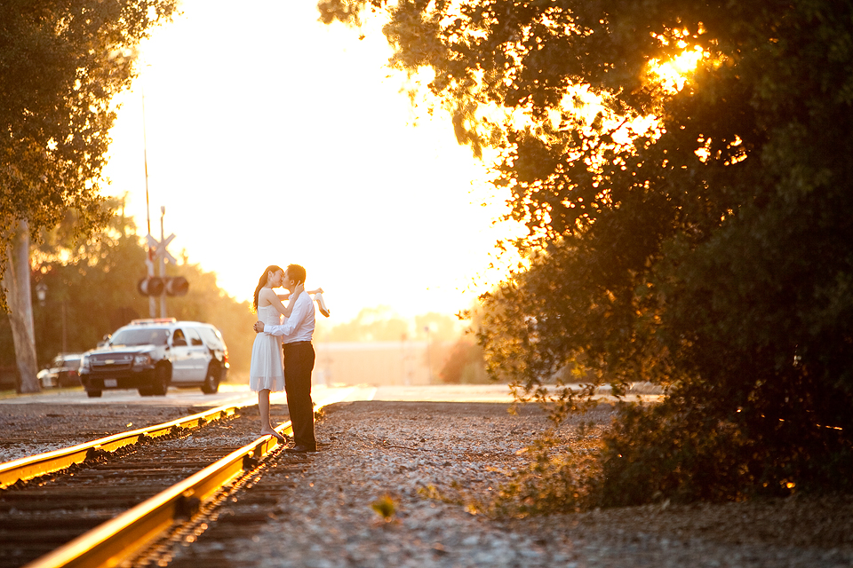 Chinese wedding photography kiss in San Dimas