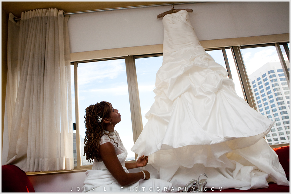 Huntley hotel wedding dress