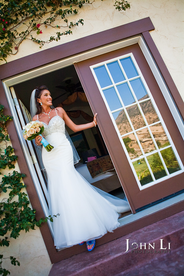 Hummingbird Nest Ranch bridal room
