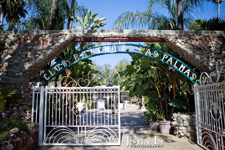 Rancho De Las Palmas entrance
