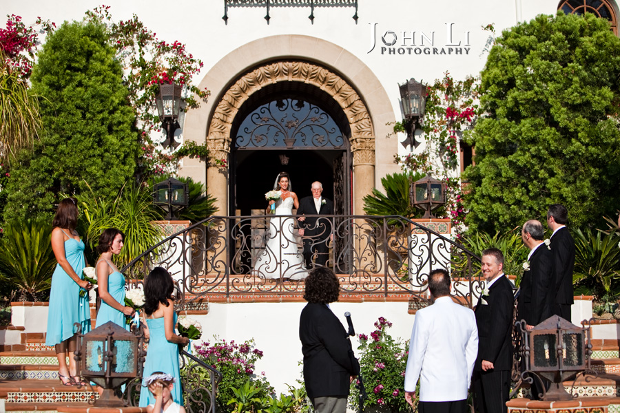 wedding ceremony in Hummingbird Nest Ranch