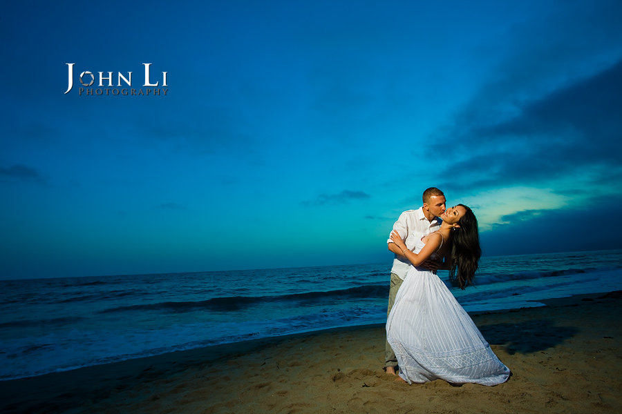 Engagement-photography-sunset-santa-monica