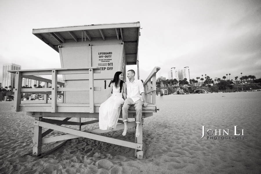 Santa-Monica-Beach-engagement-photography