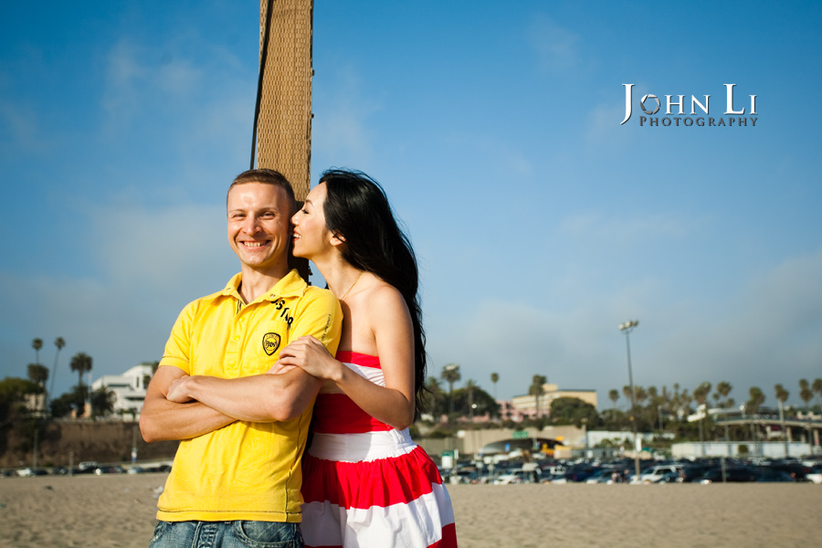 Santa-Monica-beach-engagement-session