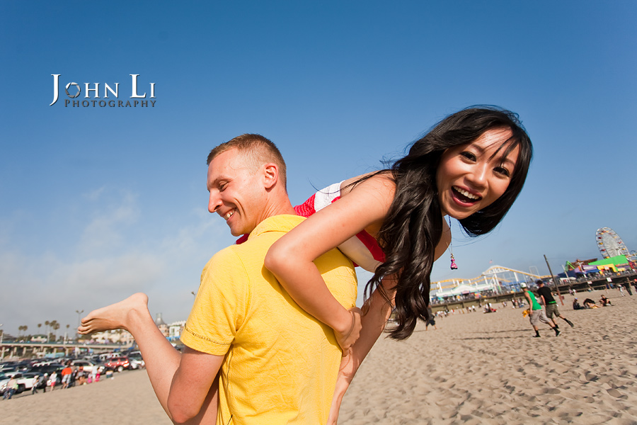 Santa-Monica-engagement-pictures