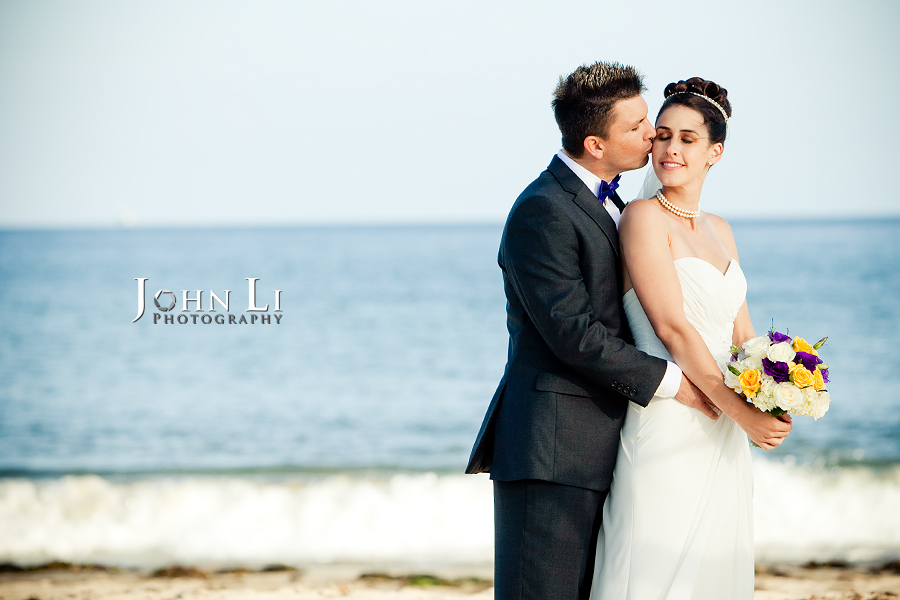 beach wedding photography in Leadbetter beach