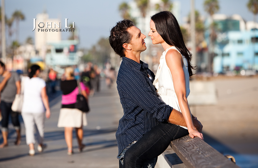 Engagement photos in venice pier