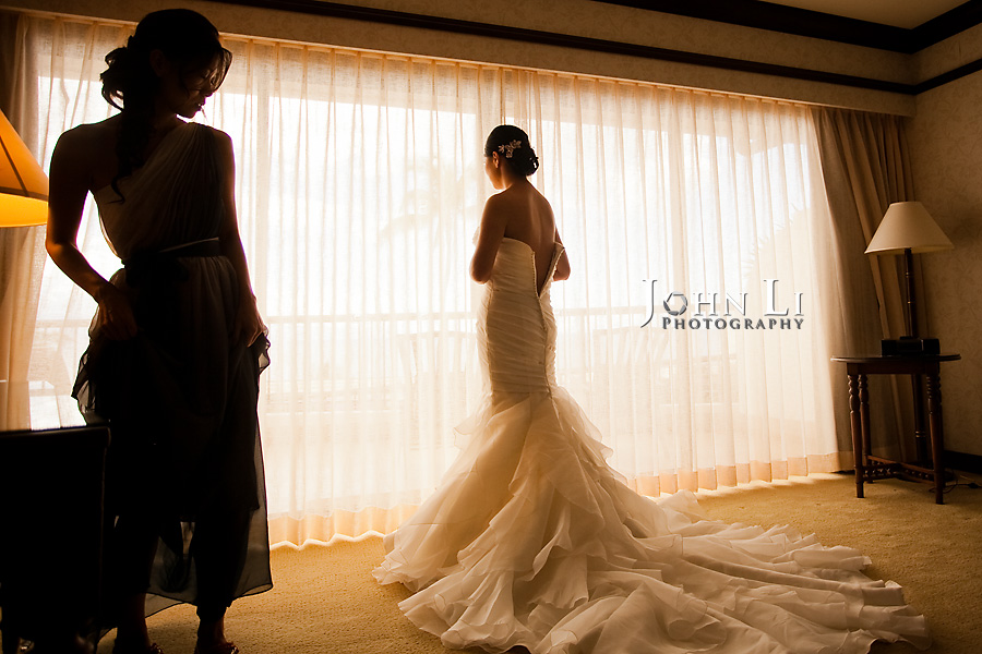 Hawaii wedding photography bride in front of window