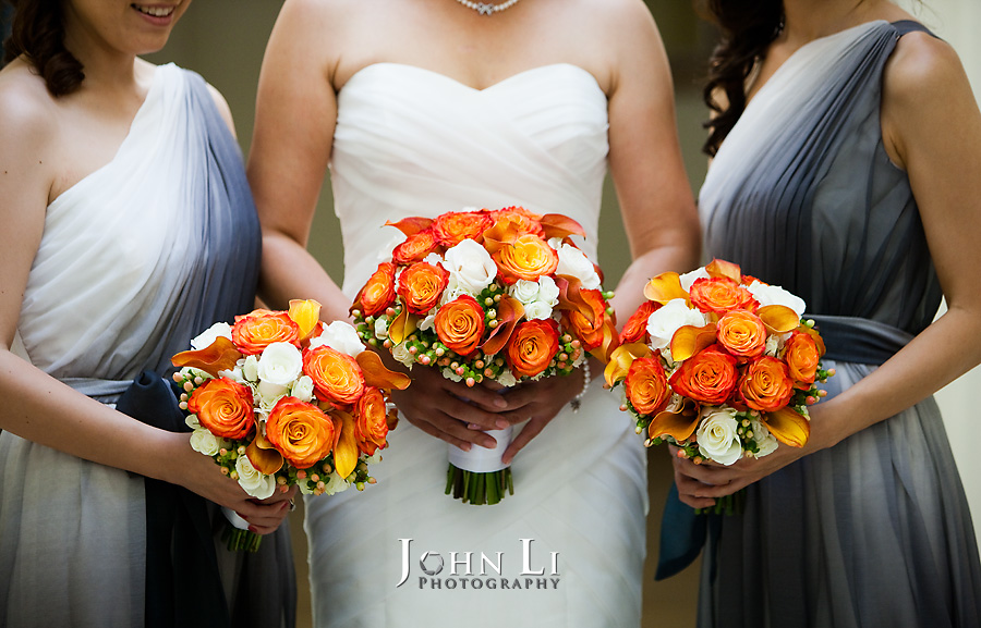 Hawaii wedding photography bouquet
