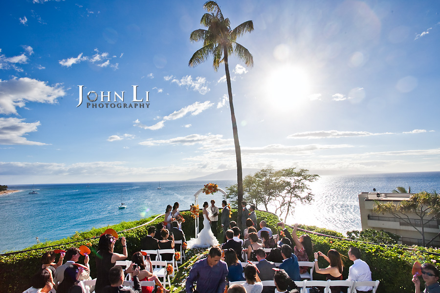 Hawaii wedding photography ceremony in Sheraton Maui Resort