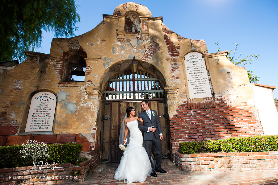 25 San Gabriel Mission Wedding Photography