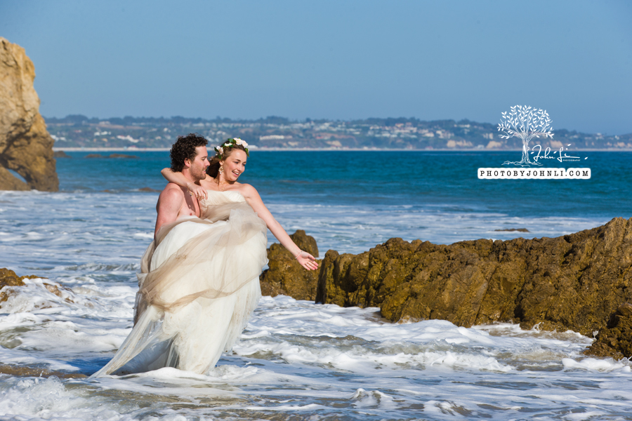 020  Trash the dress on Malibu Beach