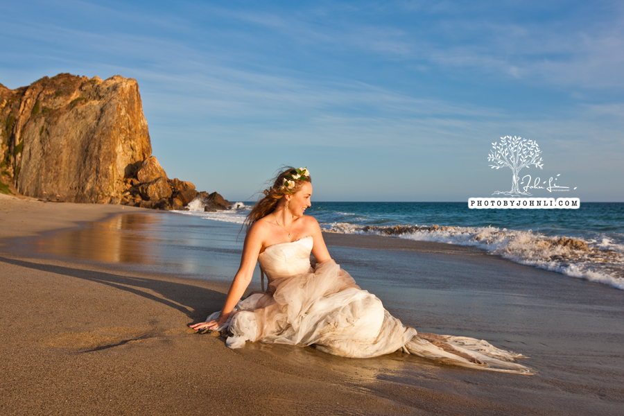 032  Trash the dress on Malibu Beach
