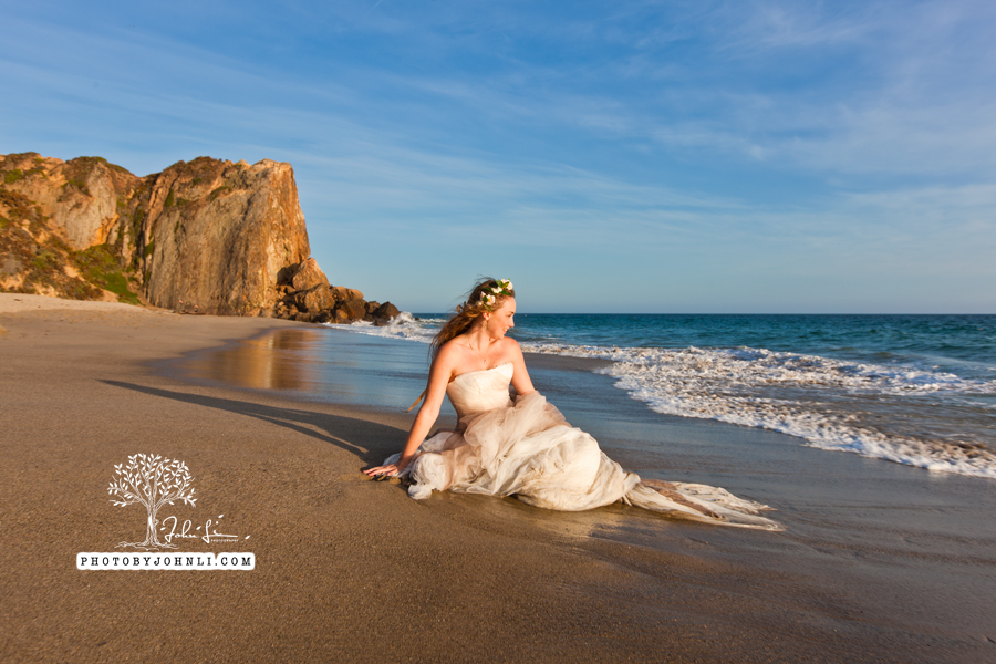 033  Trash the dress on Malibu Beach