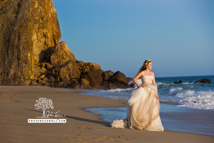 039  Trash the dress on Malibu Beach